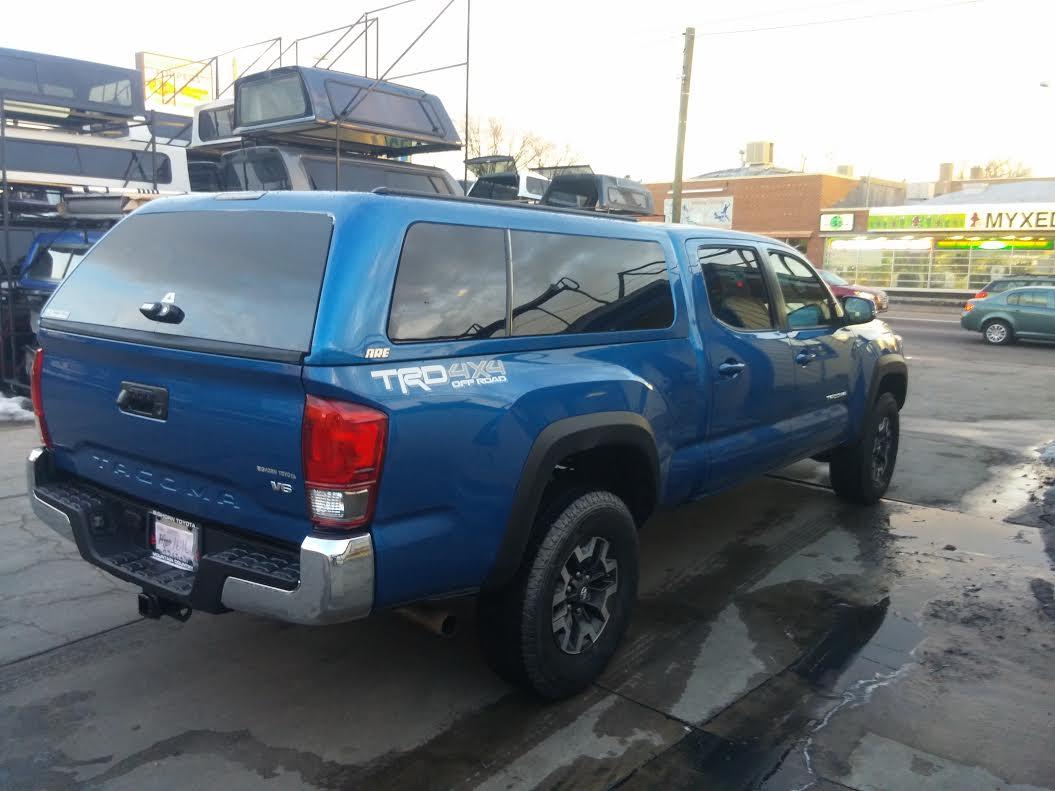 Leer Toyota Tacoma Short Bed Truck Cap