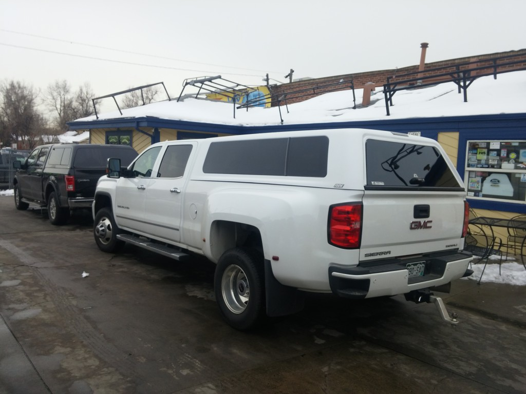 Gmc Dually Lw Are X Series Suburban Toppers