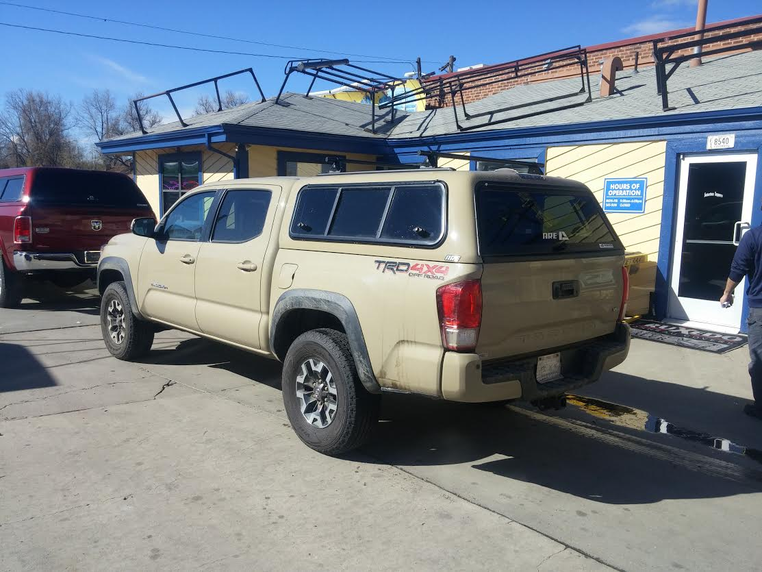 2016 Tacoma Are V Series 4v6 Quicksand Suburban Toppers