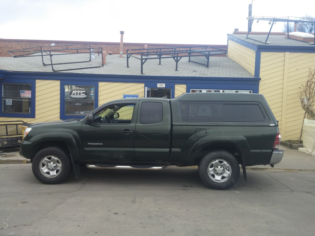 Toyota Of Lakewood >> Toyota Tacoma, MX Series Topper, Dark Green - Suburban Toppers