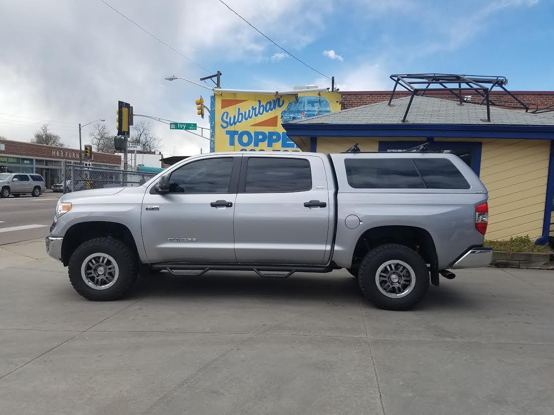 16 Tundra Z Series Topper 1d6 Silver Suburban Toppers