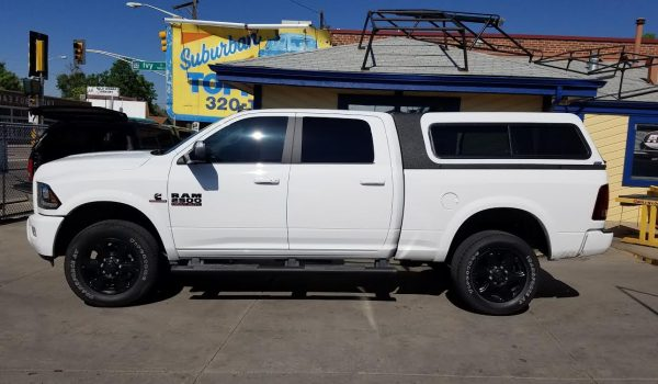 2015 Dodge Ram, ARE MX-Series - Suburban Toppers