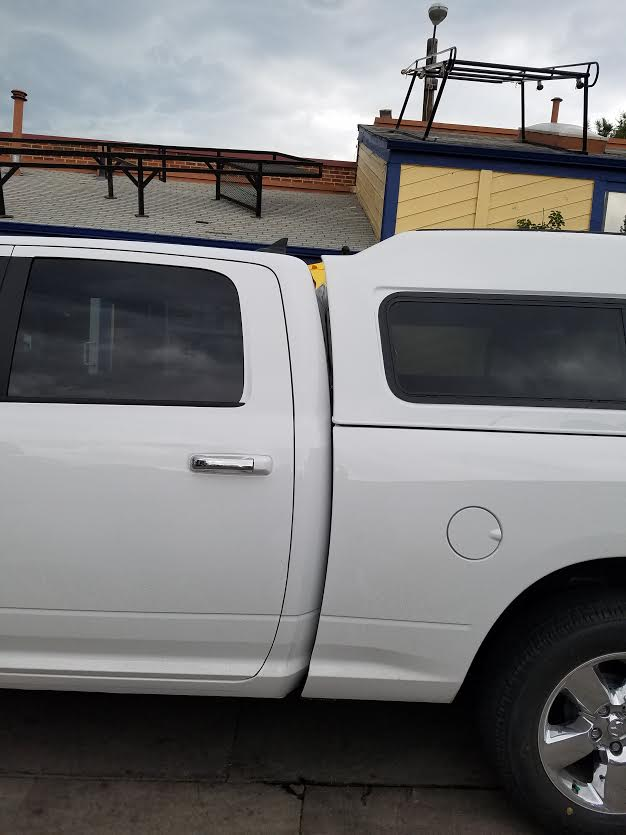 2015 Dodge Ram Are Mx Series Suburban Toppers