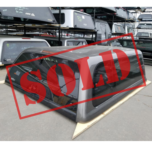 sold-used-topper-tundra-snugtop